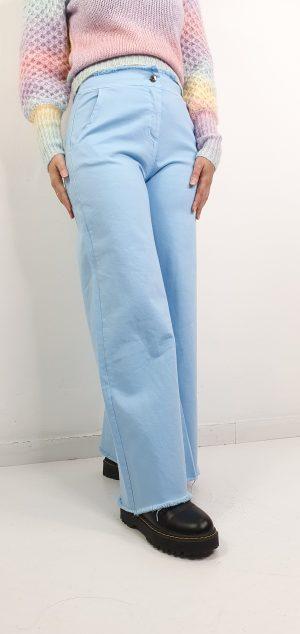 pantalón pierna ancha