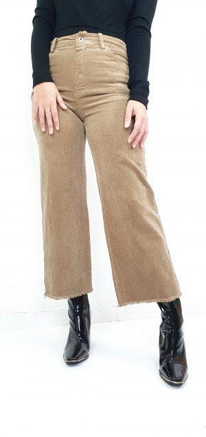pantalon de pana pierna ancha