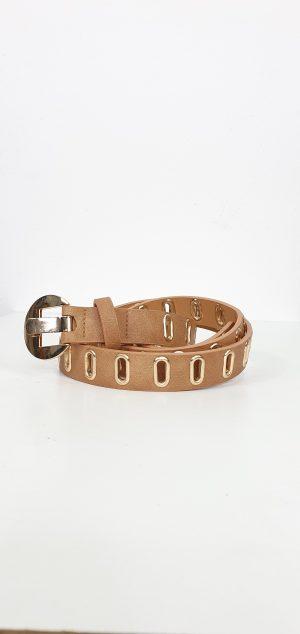 Cinturón material hebilla ovalada