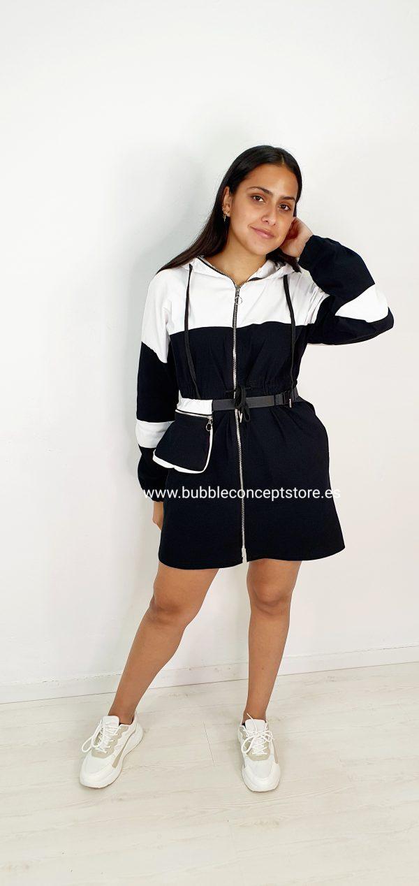 Vestido sporty riñonera