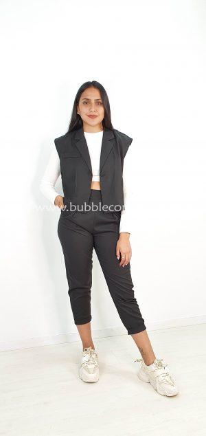 Conjunto crop chaqueta sin mangas y pantalón 8869