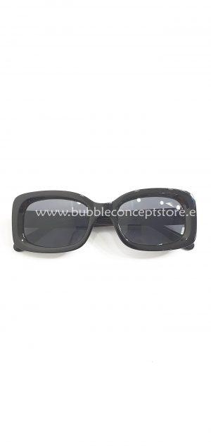 Gafas cuadradas negras