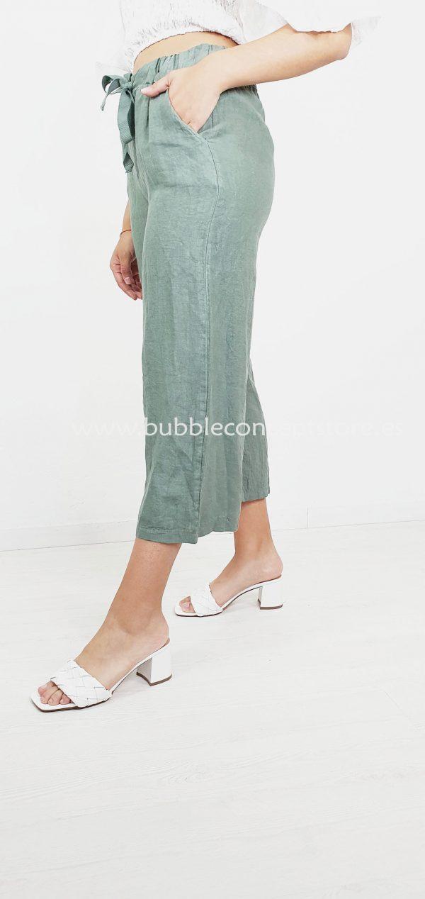 3025 Pantalón capri de lino