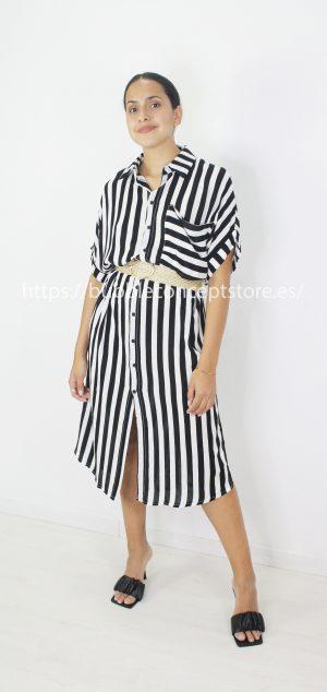 8522 Vestido camisero largo de rayas